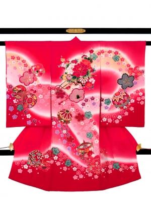 ピンク地に桜と山取りの祝い着/女児