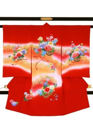 赤地に総刺繍の花車の祝い着/女児