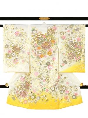 白と黄の地に鞠と牡丹、金の刺繍尽くし/女児