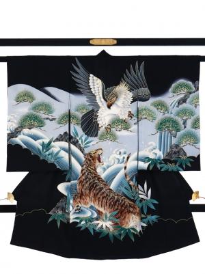 黒地に鷹と虎の祝い着/男児