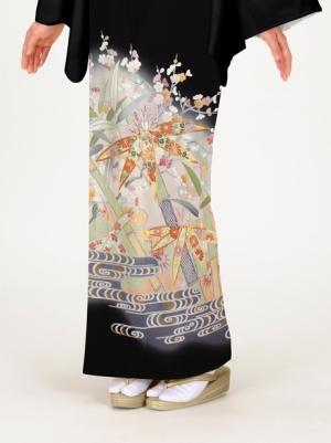 竹に梅と観世水(かんぜみず)の留袖