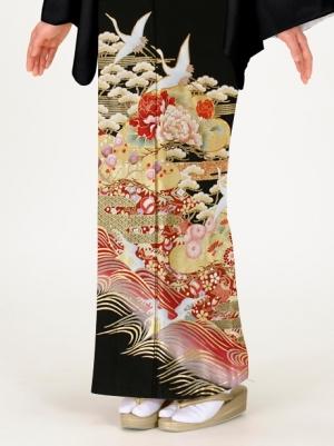 鶴に波頭(なみがしら)と松竹梅の留袖