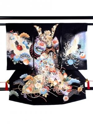 黒地に兜と糸菊に鶴の祝い着/男児