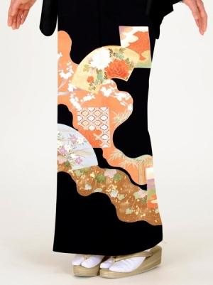 地紙(じがみ)に流れ柄の留袖