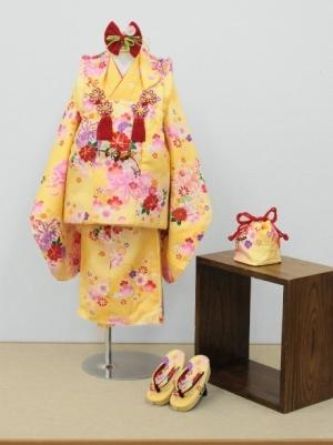 黄色地に乱菊の被布コートセット